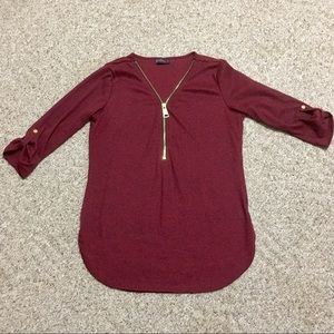 Quarter sleeve front zip top